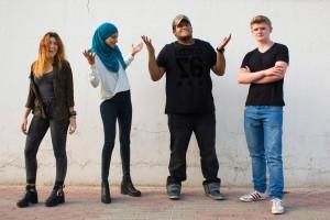 groups talk qatar